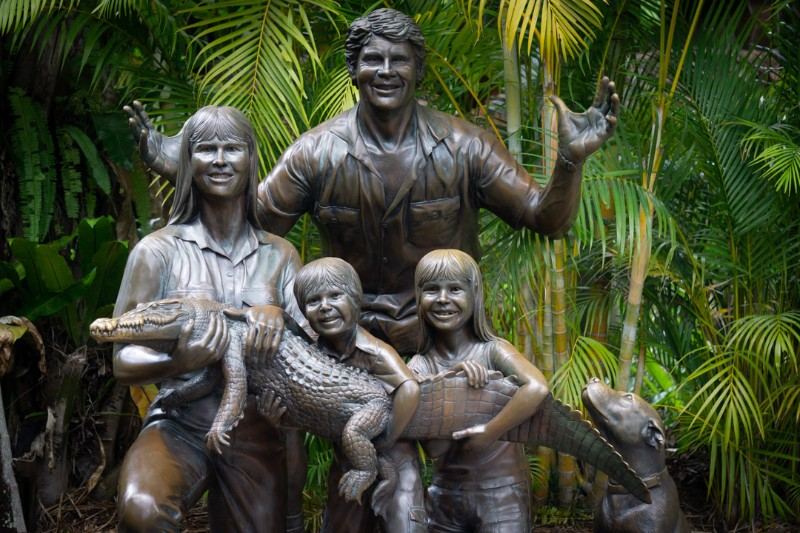 The Irwin Family - 90's icons and wildlife heros. Without these, Australia Zoo would never have happened. Experience their dreams in reality at Australia Zoo with a two day pass | #Australia #Zoo #wildlife #ethicaltourism #conservation #australianwildlife #thingstodoinAustralia