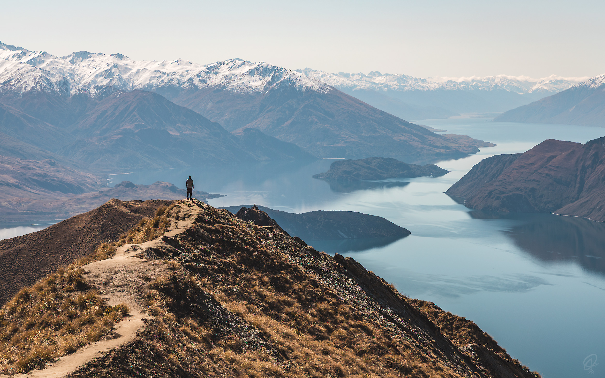 Roys Peak, one of the most famous things to do in Wanaka