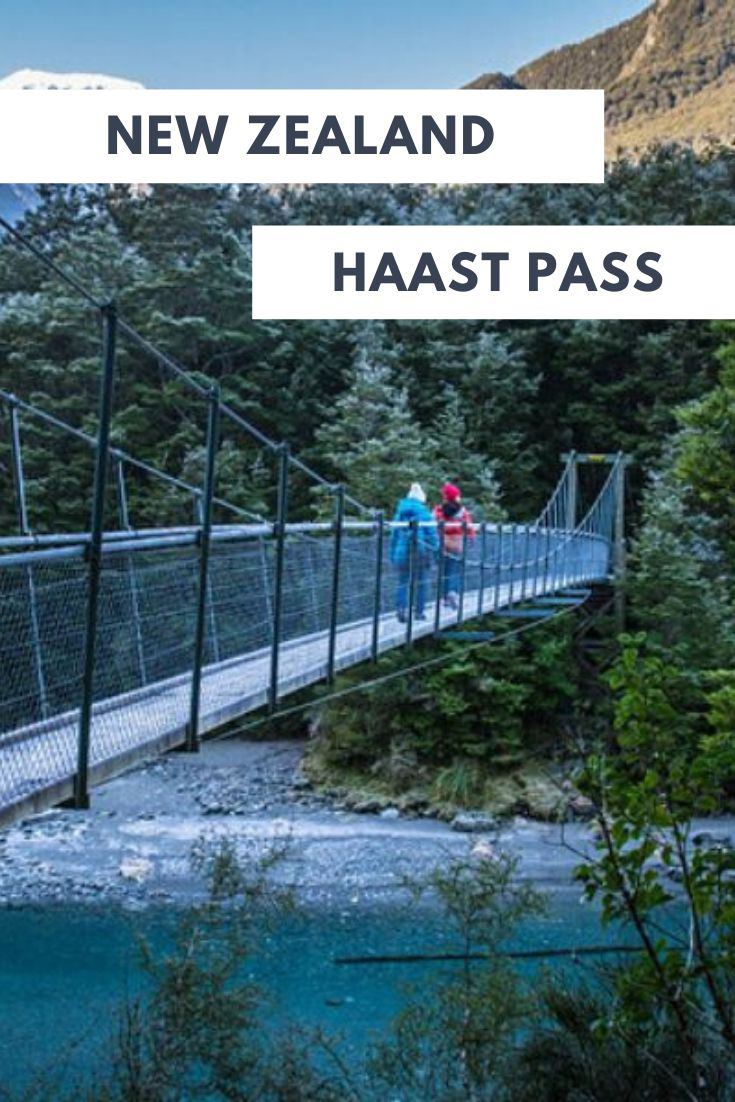 Travel down the Haast Pass and make the most of the road with these 7 awesome places to see! From waterfalls to stunning views, the Haast Pass has a lot more to offer than you might think! | New Zealand Road Trip Itinerary, Scenic Roads in New Zealand, Places to Go in New Zealand, Travel New Zealand South Island, Wanaka to West Coast New Zealand #NewZealand #Travel #SouthIsland